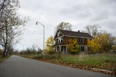 Michigan judge rules Detroit bankruptcy violates state constitution