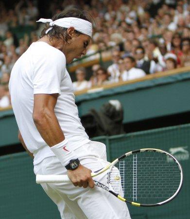 Nadal survives tough 3rd-round challenge