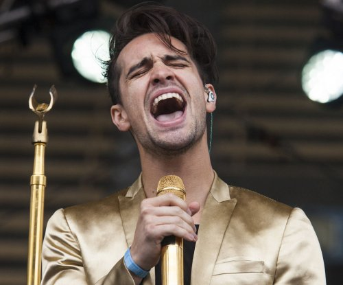 Panic! at the Disco earn first No. 1 album on Billboard 200