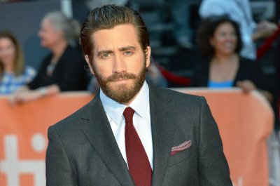 Jake Gyllenhaal sings 'Sunday in the Park With George' song in new video