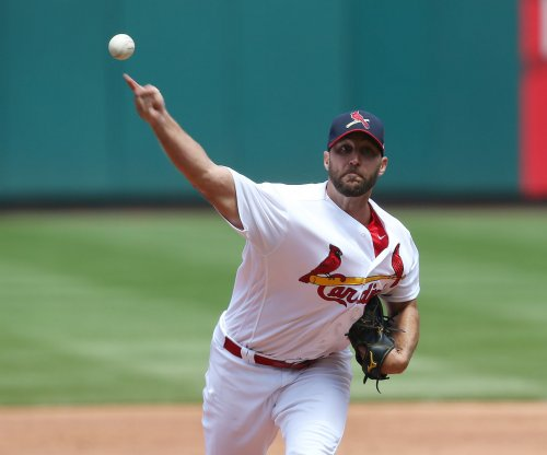 Adam Wainwright continues mastery of Colorado Rockies
