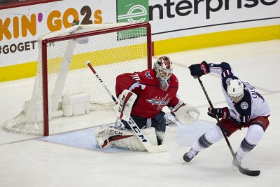 Matt Calvert: Blue Jackets winger scores on horrible breakaway
