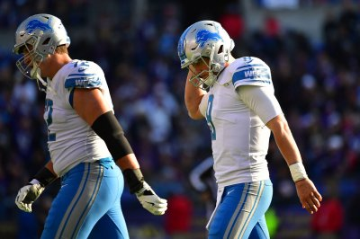 Detroit Lions QB Matthew Stafford played through broken back last season