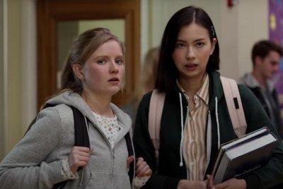 'Moxie' trailer: High school girls start 'revolution' in Amy Poehler film
