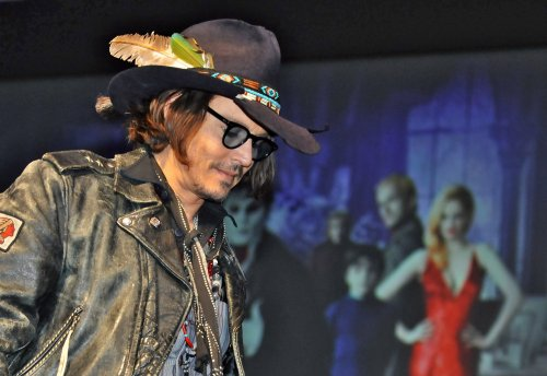 Report: Johnny Depp has new girlfriend