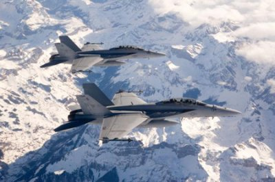 Boeing delivers final Hornet to Canada