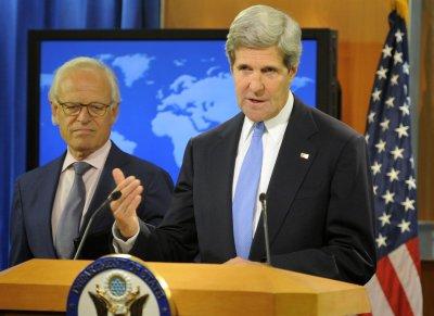 Obama praises resumption of Israeli-Palestinian peace efforts