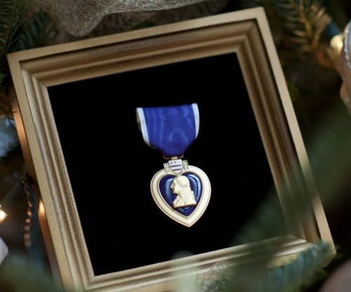 Fort Hood shooting victims receive Purple Hearts in ceremony
