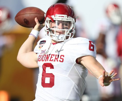 Baker Mayfield, No. 12 Oklahoma outlast Texas