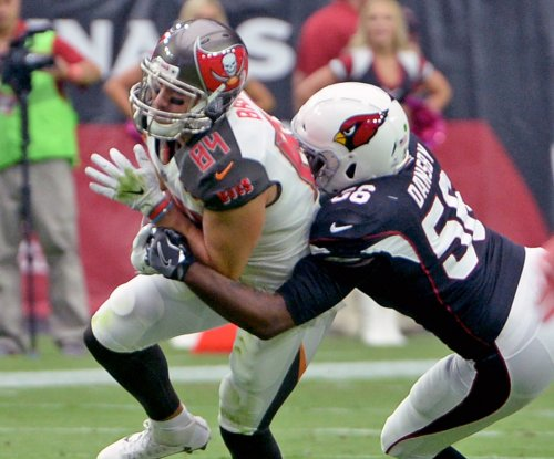 Tampa Bay Buccaneers re-sign Cameron Brate, Brent Grimes