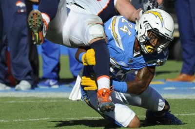 Los Angeles Chargers CB Trevor Williams avoids serious injury
