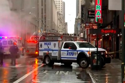New York architect killed by falling debris from building