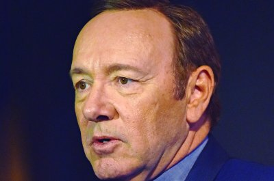 Kevin Spacey channels Frank Underwood for Christmas message