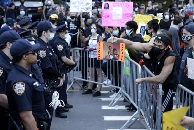 Study: 'Beanbag' rounds shot at protesters caused severe injuries