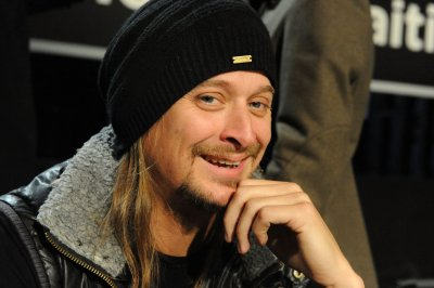 Kid Rock to host CMT Awards show