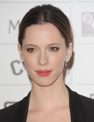 Rebecca Hall to make Broadway debut in 'Machinal'