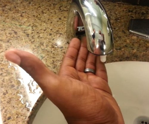 YouTuber: Infrared sink doesn't recognize 'black hand'
