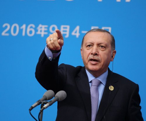 Erdogan, EU escalate angry rhetoric over refugees, EU membership
