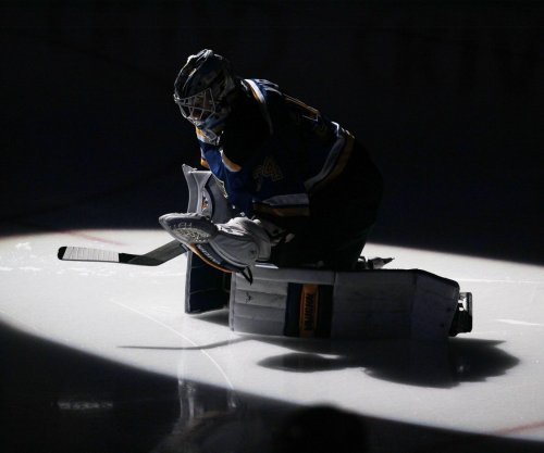St. Louis Blues blow past Ottawa Senators