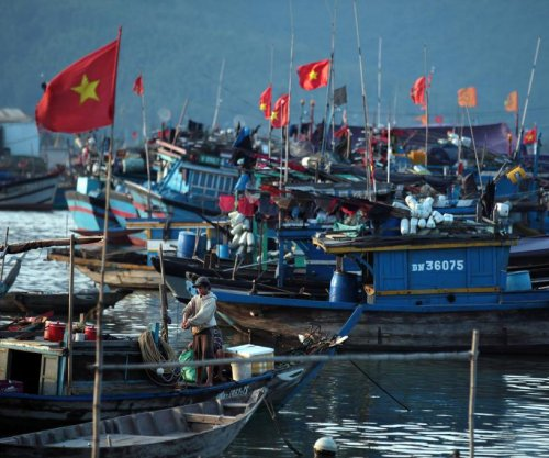 Chinese boats attack Vietnamese fishermen in South China Sea