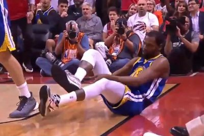 Golden State Warriors' Kevin Durant exits Game 5 after aggravating injury