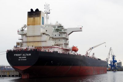Iran central bank: U.S. sanctions aren't harming oil exports