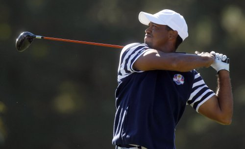 Tiger Woods leads Cadillac Championship