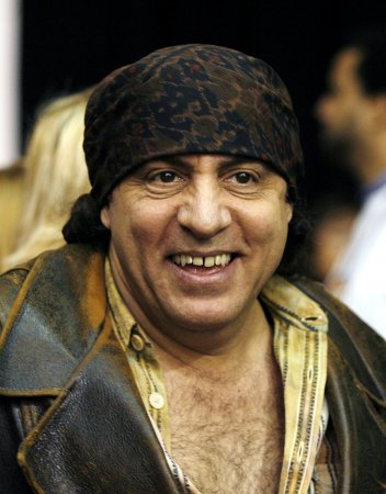 Steven Van Zandt talks 'Sun City' and fighting apartheid