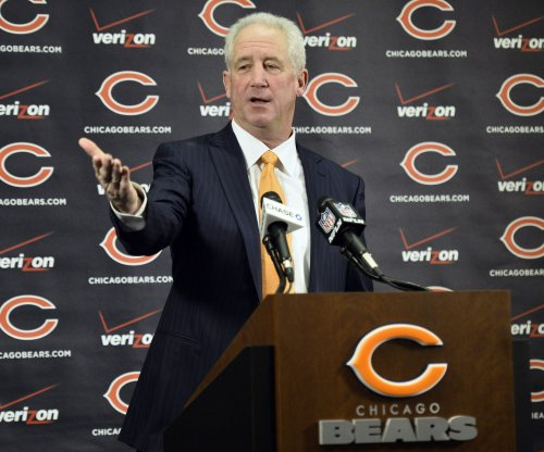 "Chicago Bears coach John Fox says Green Bay Packers ""should be confident"""