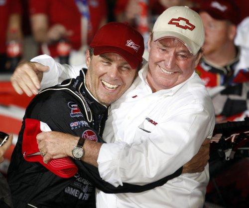 NASCAR Hall of Fame enshrines distinguished class of 2017