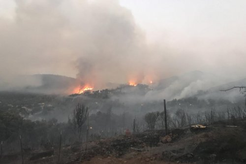 California Pawnee Fire destroys 12 structures, forces evacuations