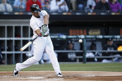 White Sox's Jose Abreu beats Tigers with extra innings walk-off homer