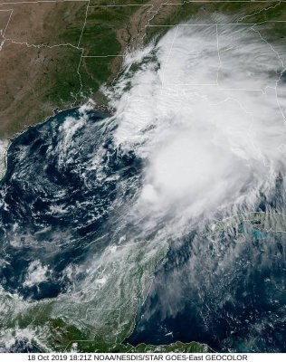 Tropical Storm Nestor barrels over Gulf of Mexico toward U.S.