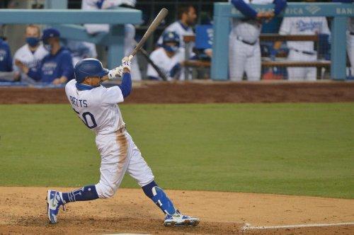 Dodgers' Mookie Betts ties MLB homer record vs. Padres