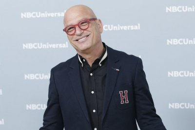 Howie-Mandel-'home-and-doing-better'-after-collapsing-at-Starbucks