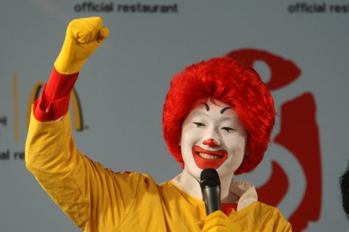 McDonald's seeks Ronald's return