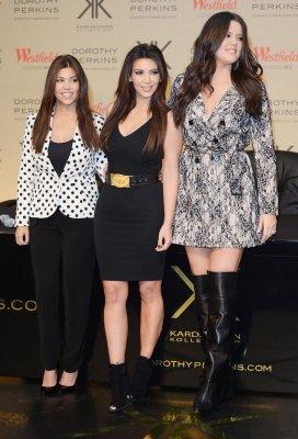 Kourtney Kardashian also robbed, $50,000 in cash stolen