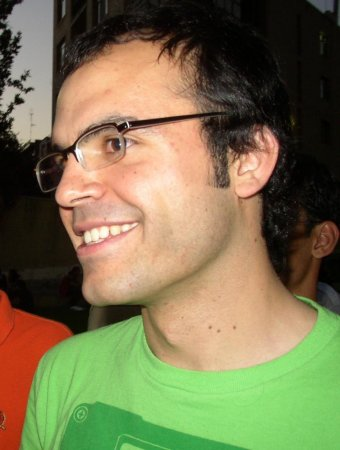 Iran frees 'blogfather' after six years