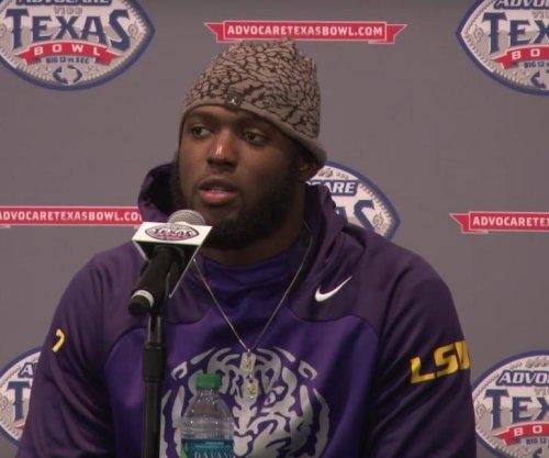 Leonard Fournette scores 5 TDs in LSU's Texas Bowl win