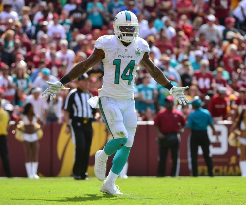 Miami Dolphins WR Jarvis Landry stars in NFL skills competition