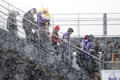 Snow, sleet slam eastern U.S.; alerts issued east of Rockies