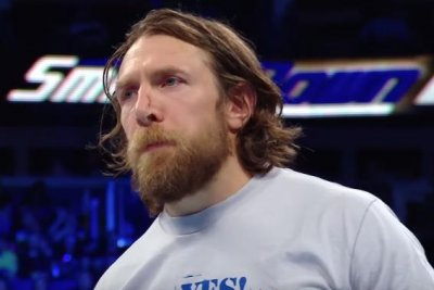 WWE Smackdown: Bryan assaults Big Cass