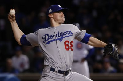 Los Angeles Dodgers try to bounce back versus Philadelphia Phillies