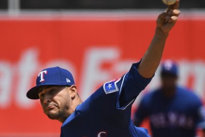 Perez heads to bullpen before Rangers open series vs. Twins