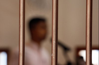 Sri Lanka leader ends 43-year moratorium on capital punishment