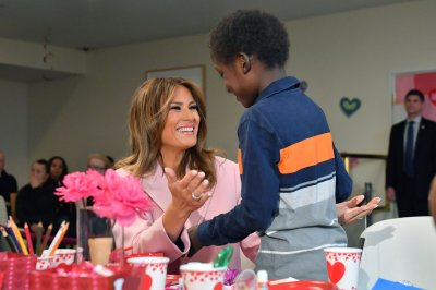 Melania Trump makes Valentine's cards with young patients