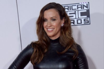 Alanis Morissette musical to open on Broadway in December
