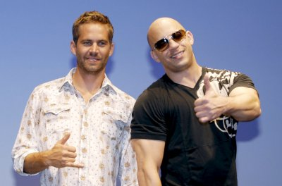 'Fast & Furious 7' faces production delay following Paul Walker's death