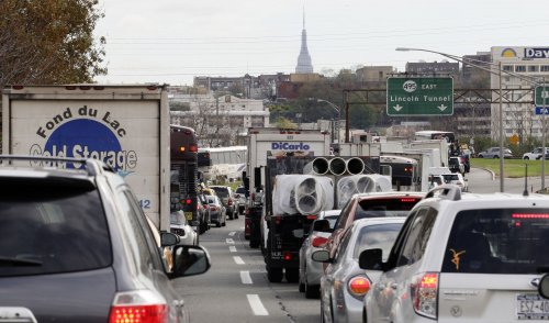 Traffic snarled during morning commute after Lincoln Tunnel accident