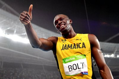 Rio Roundup: Usain Bolt blazes through 200M, USA wins medal 100